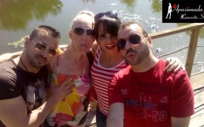 Viernes junto a mi marido, con nuestros amigos Daniela Evans y Arcángel