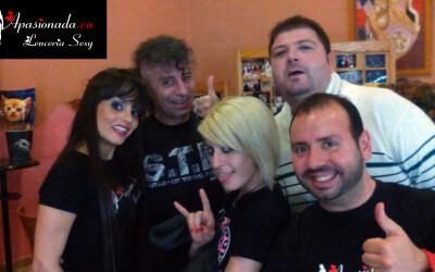 Con nuestros amigos Nora Barcelona y Rat Penat en Valencia